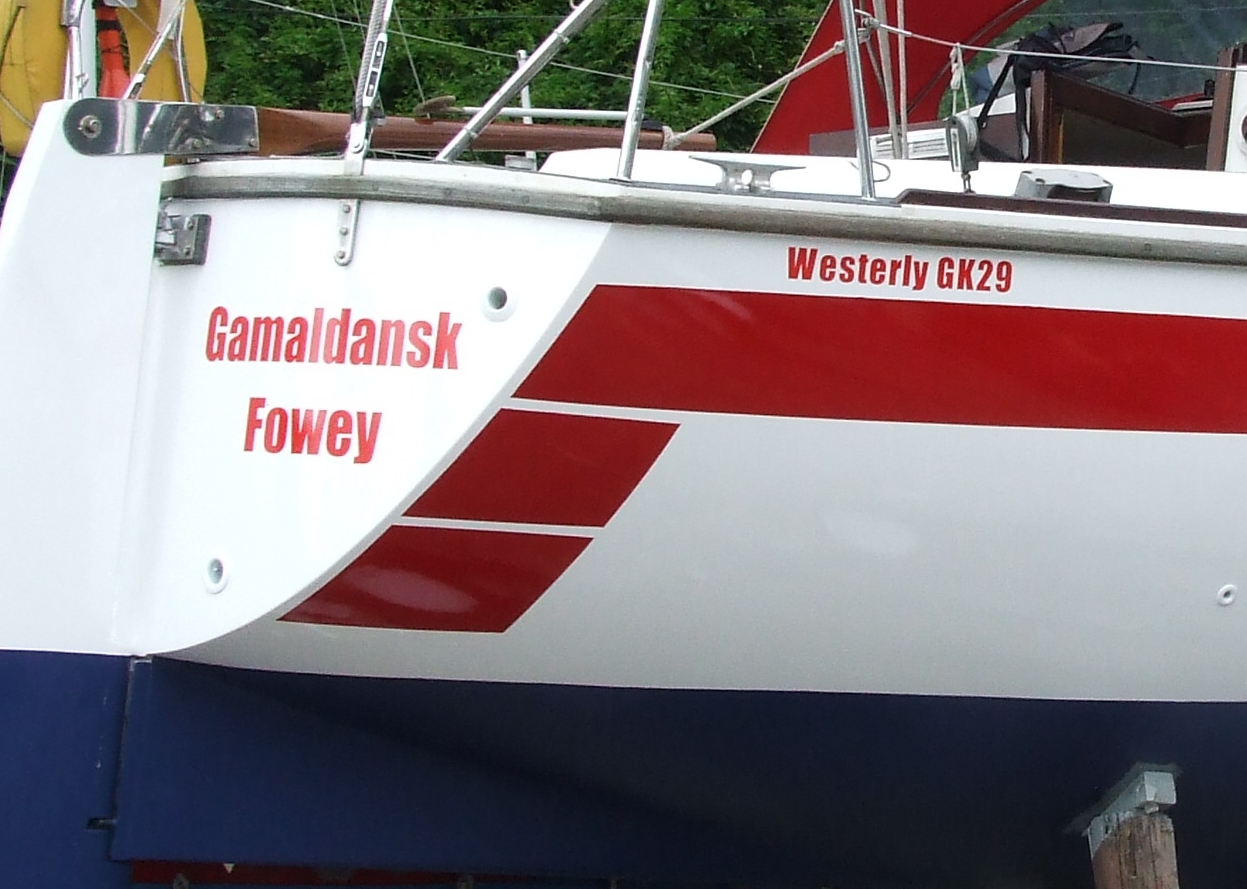 Pair of Vinyl Boat Names up to 800mm x 150mm